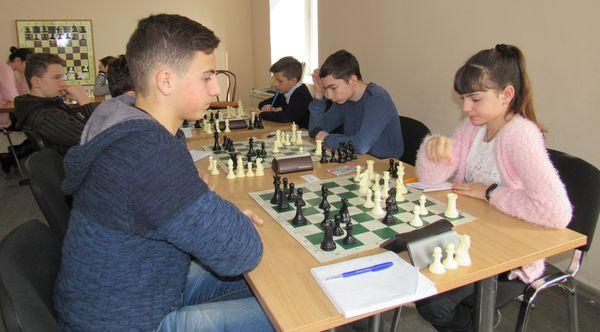 Завершився чемпіонат міста з шахів серед школярів