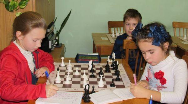 Стартував чемпіонат міста з шахів серед дітей